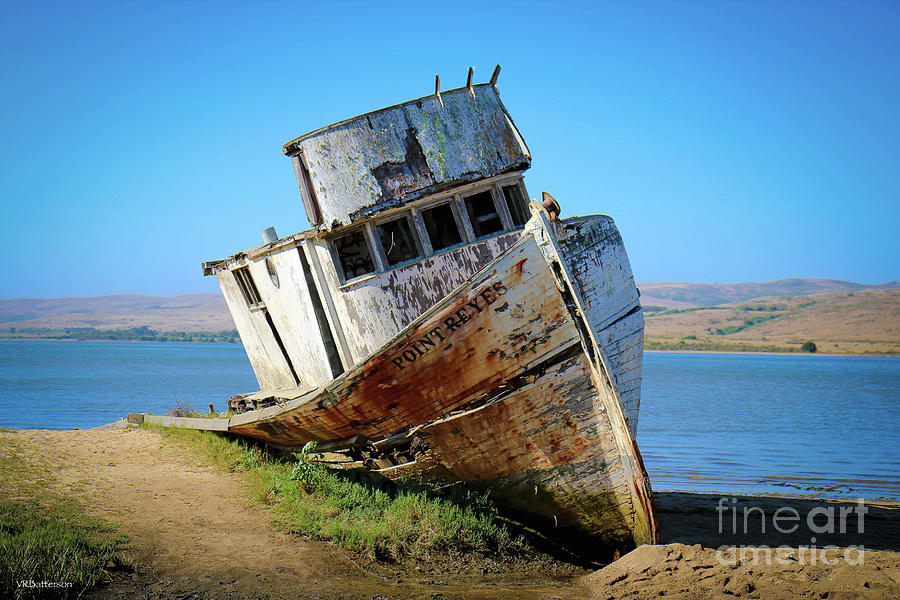 Inverness Shipwreck by Veronica Batterson