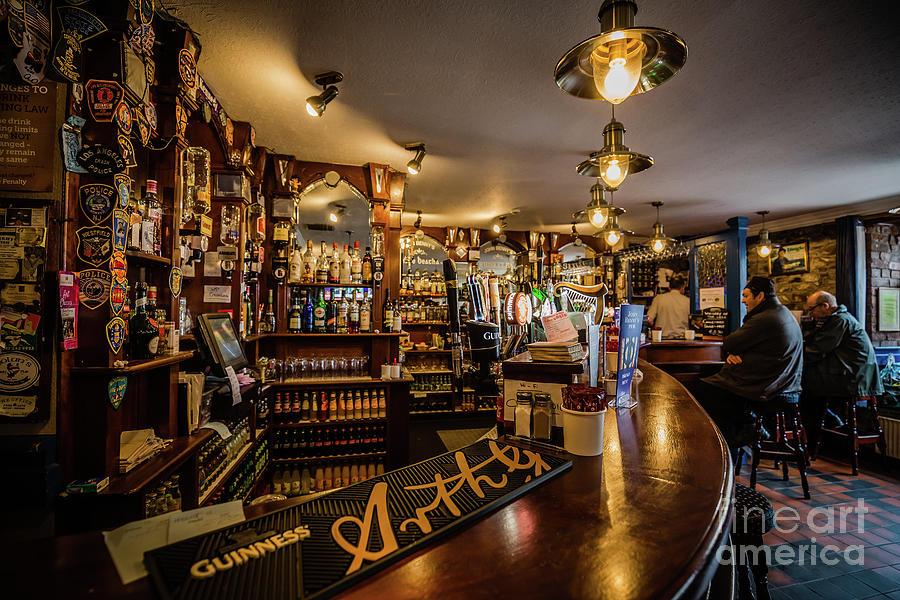 Irish Pub by Eva Lechner