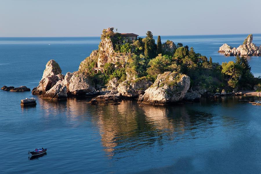 Isola Bella Island, Taormina, Sicily Photograph by Peter Adams