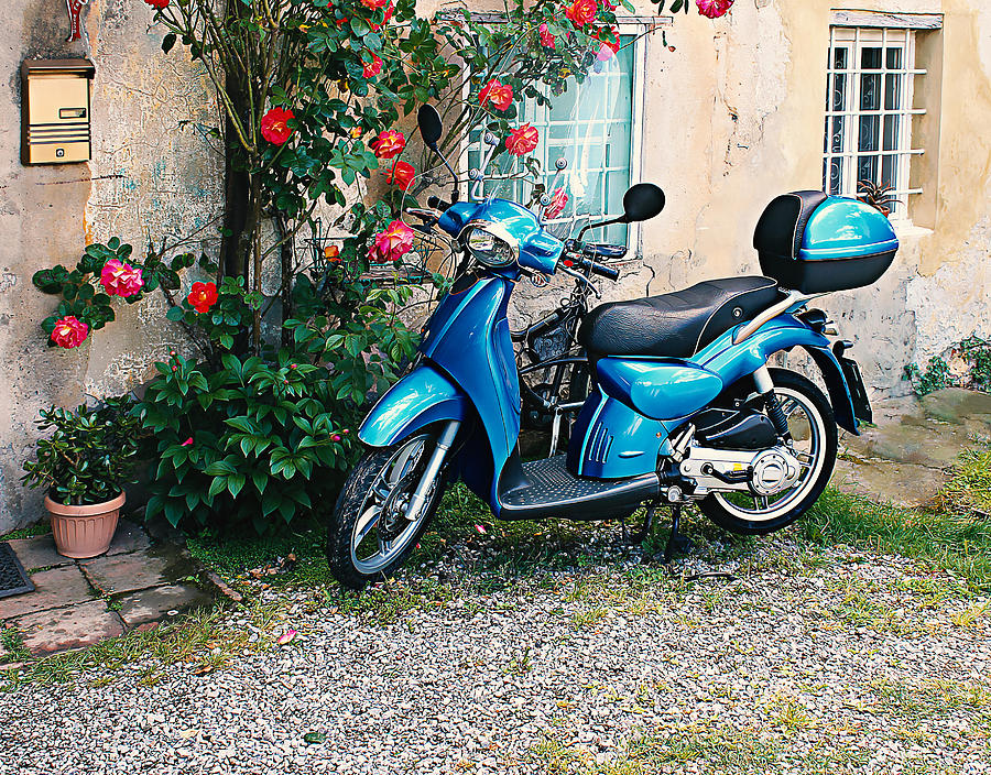Scooter Photograph - Italian Scooter  by Christine Buckley