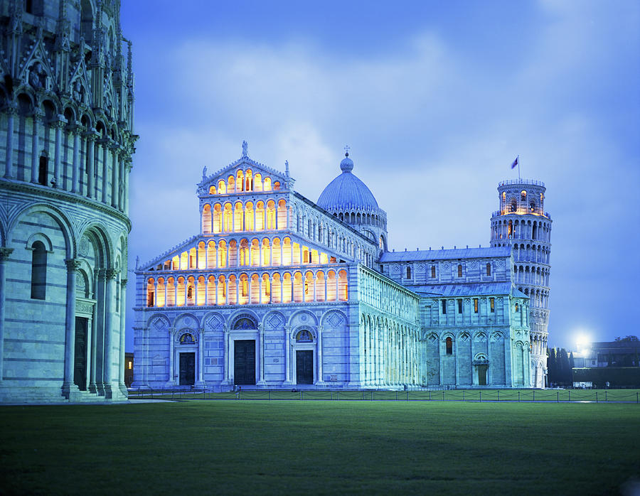 Italy, Tuscany, Pisa, Leaning Tower And Photograph by Hiroshi Higuchi