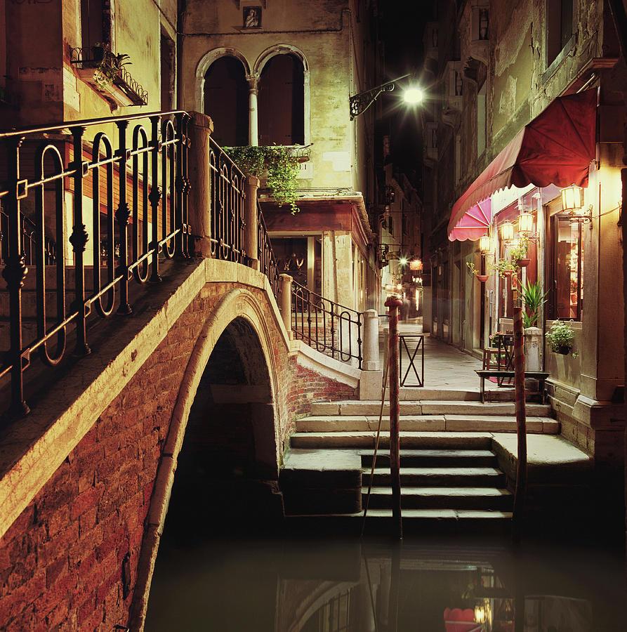 Italy, Veneto, Venice, Bridge Across Photograph by Gary Yeowell