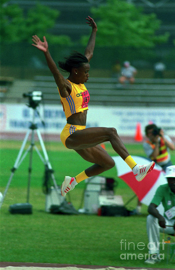 Jackie Joyner-kersee Sailing Photograph by Bettmann