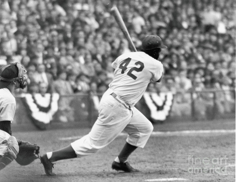 Jackie Robinson At Bat Photograph by Robert Riger