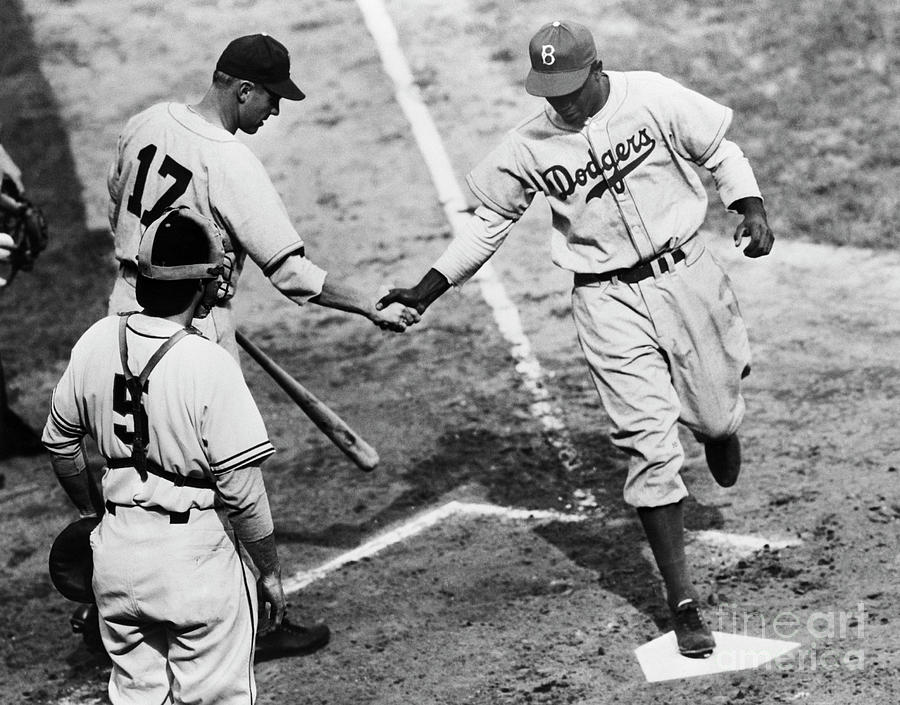Jackie Robinson At Home Plate, 1947 Photograph by Bettmann