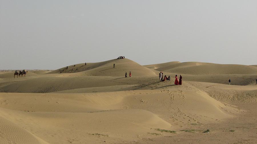 Jaiselmer Sand Dunes Photograph by Tarun Chopra