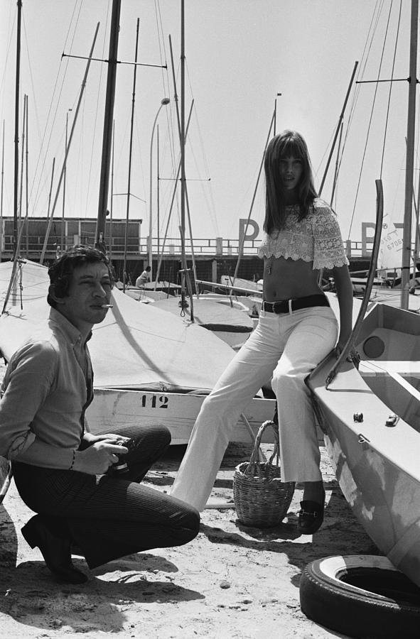 Jane Birkin And Serge Gainsbourg In Photograph by Reporters Associes