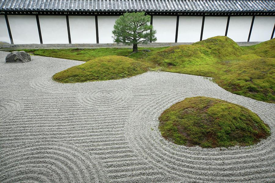 Japan, Kyoto, Hojoteien Zen Garden Photograph by Kaz Chiba