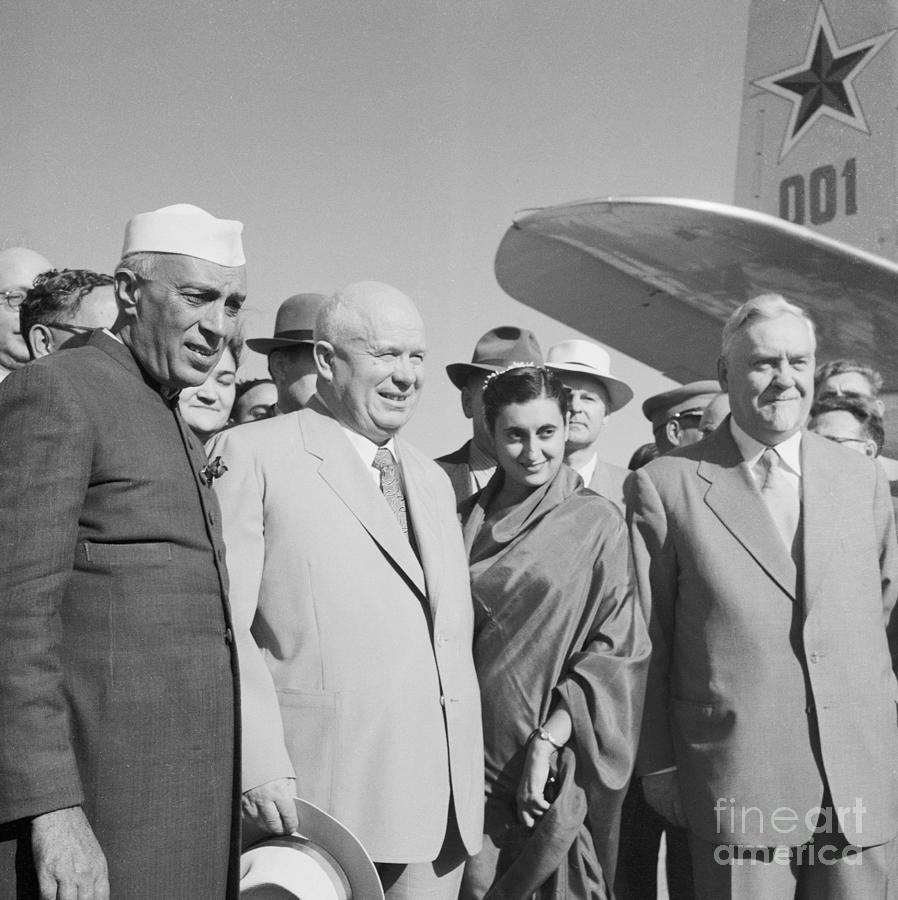 Jawaharlal Nehru And Indira Gandhi Photograph by Bettmann
