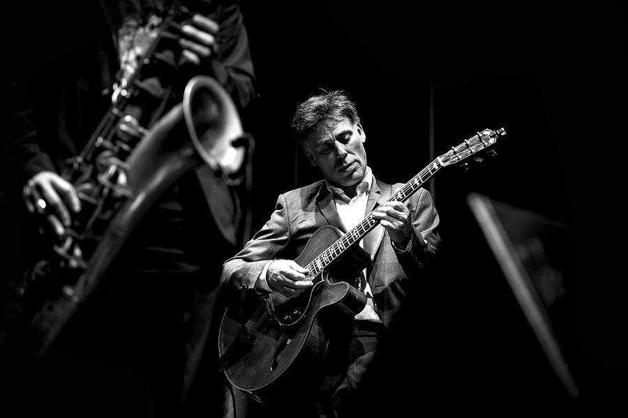 Performance Photograph - Jazz by Gon�alo Sim�es