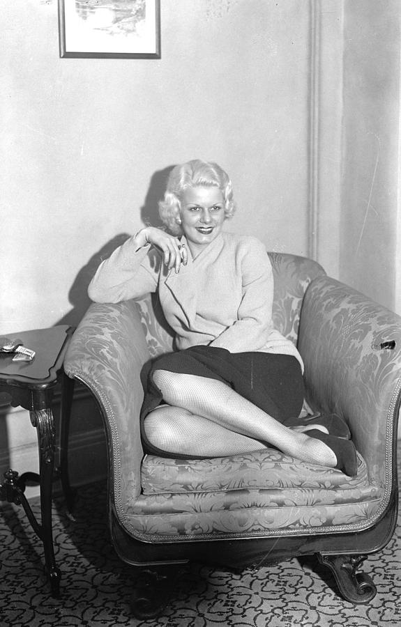 Jean Harlow, The Screens Original Photograph by New York Daily News Archive