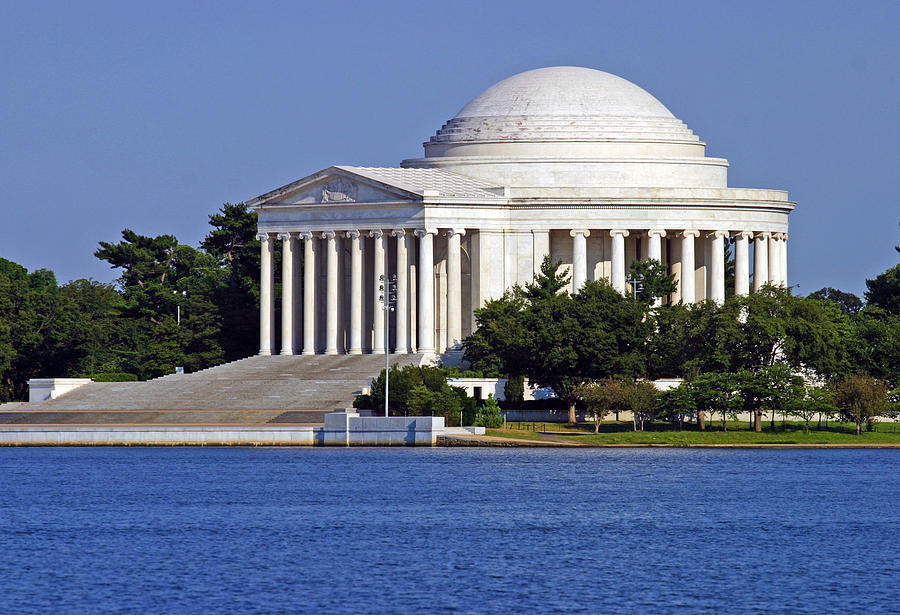 Jefferson Memorial by Anthony Jones