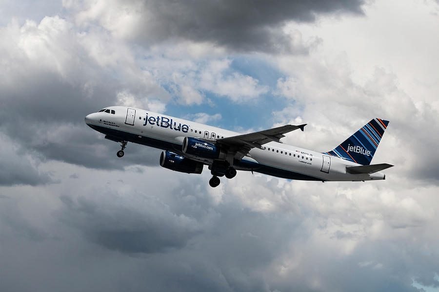 Jet Blue Airbus A320 Takeoff