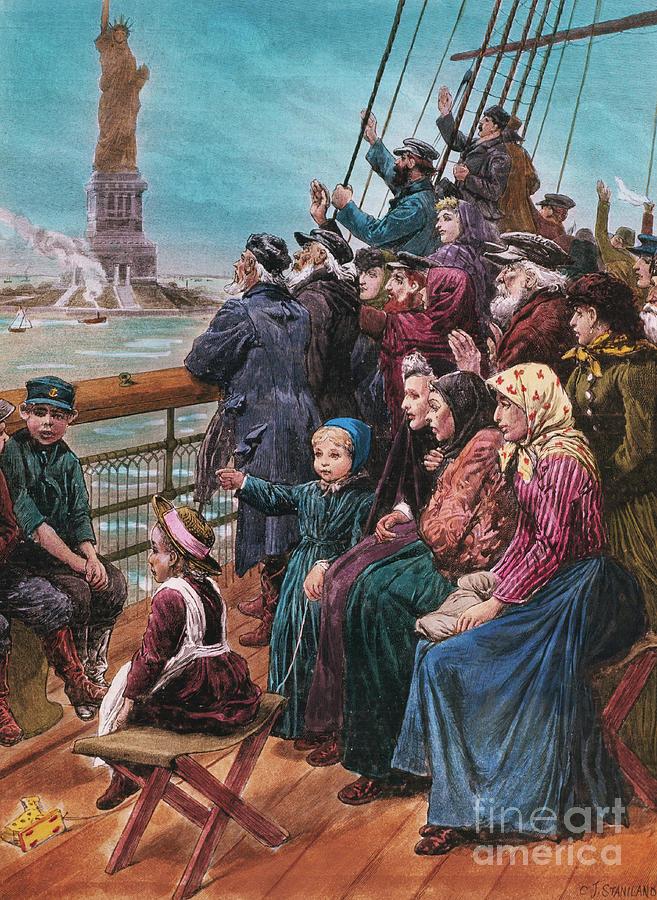 Jewish Immigrants On Ship Near Statue Photograph by Bettmann