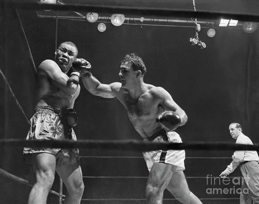 Joe Louis And Rocky Marciano Boxing Photograph by Bettmann