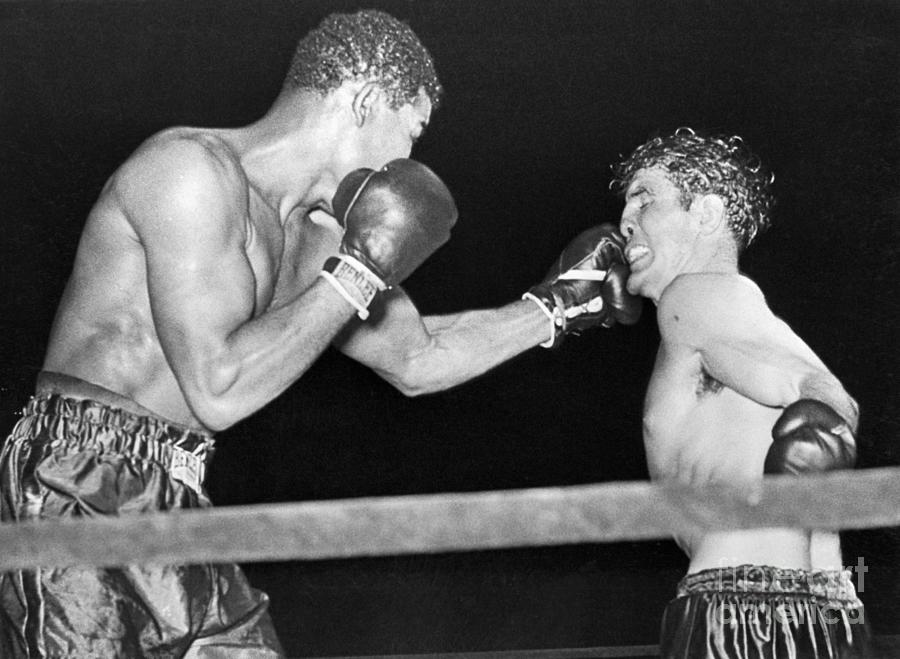 Joe Louis Boxing With Billy Conn Photograph by Bettmann