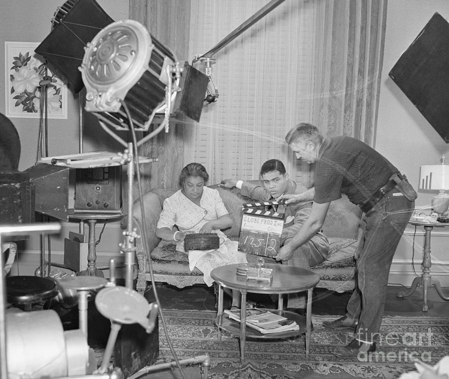 Joe Louis Filming Spirit Of Youth Photograph by Bettmann