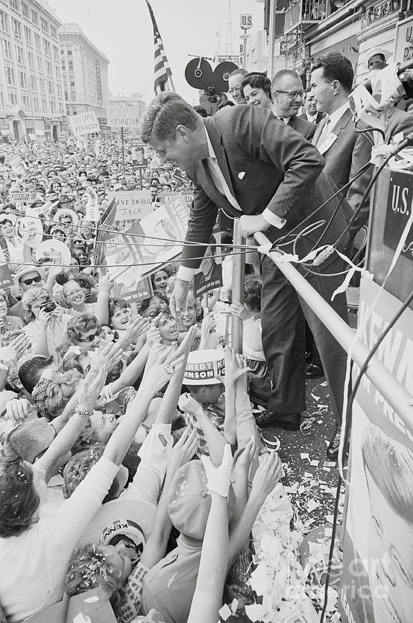 John F. Kennedy Greeting Supporters Photograph by Bettmann