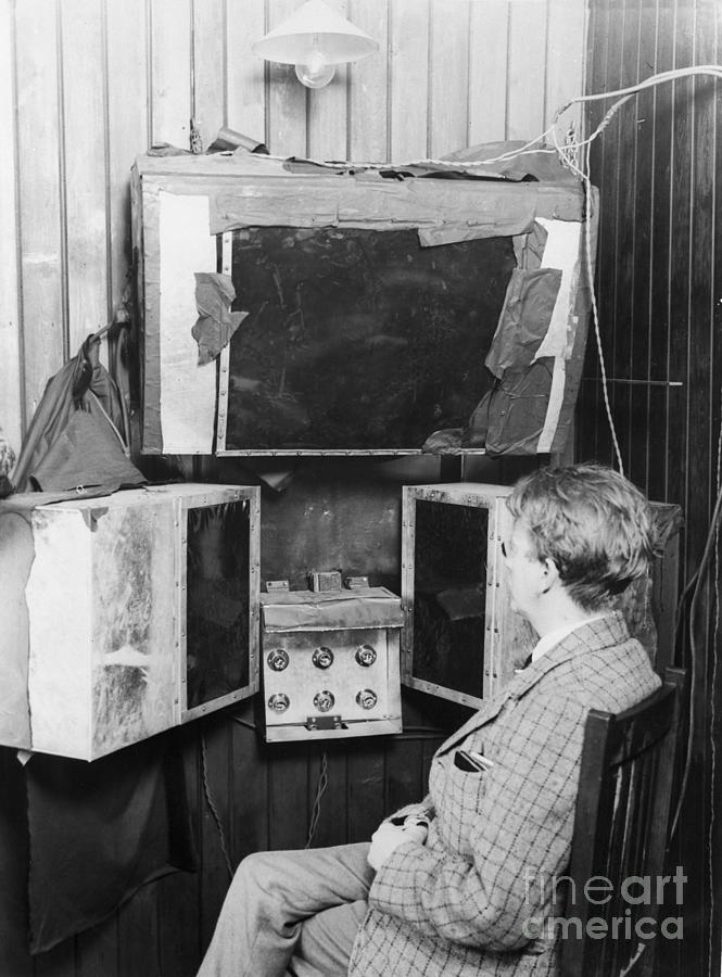 John L. Baird And His 1920s Tv Invention Photograph by Bettmann
