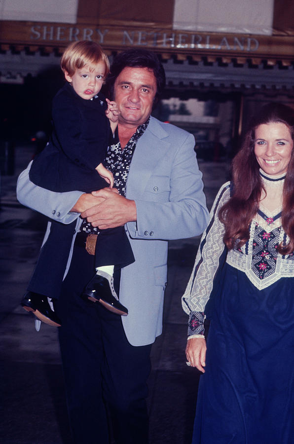 Johnny Cash And Family Photograph by Art Zelin