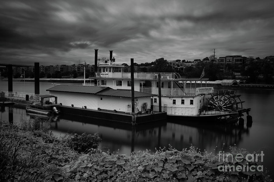 Jonathan Padelford Riverboat by Jimmy Ostgard