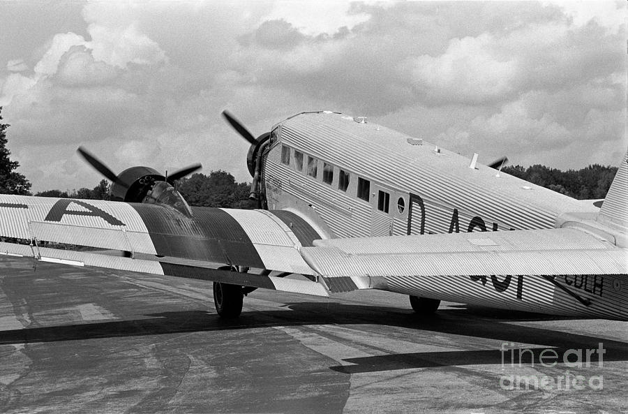 Junkers Photograph - Ju-52 Taxing by Riccardo Mottola