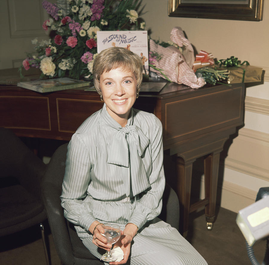 Julie Andrews Photograph by Keystone
