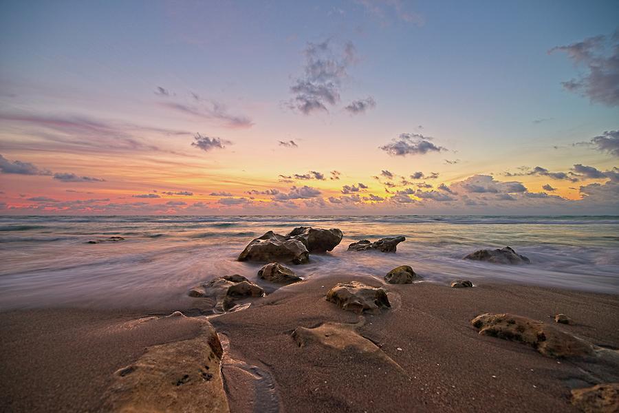 Jupiter Beach 2 by Steve DaPonte