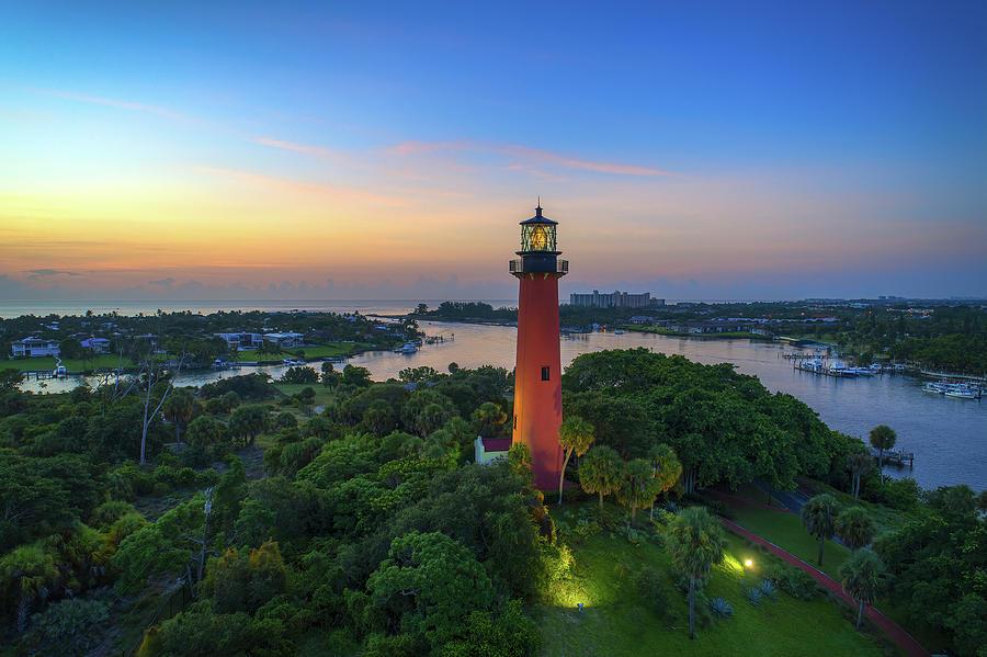 Jupiter Lighthouse Photograph - Jupiter Lighthouse Palm Beach County Florida by Kim Seng