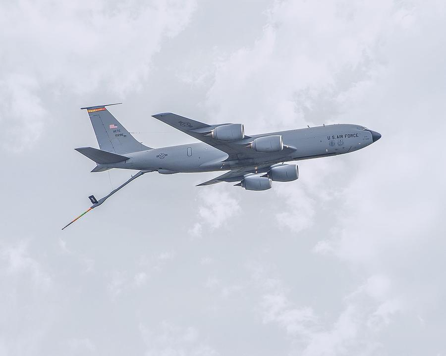 K C 135 Stratotanker Photograph by Robert Hayes
