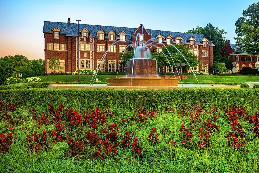 Kansas University Chi Omega Sorority Fountain At Sunrise - Lawrence Ks Photograph