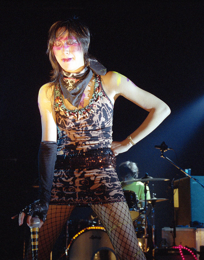 Karen O Photograph by Graham Wiltshire