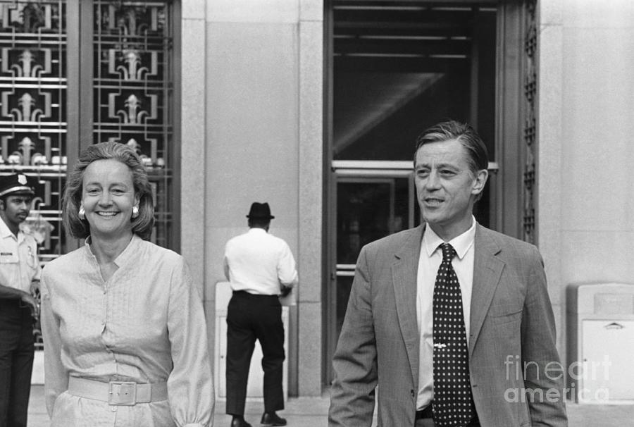Katherine Graham And Ben Bradlee Photograph by Bettmann