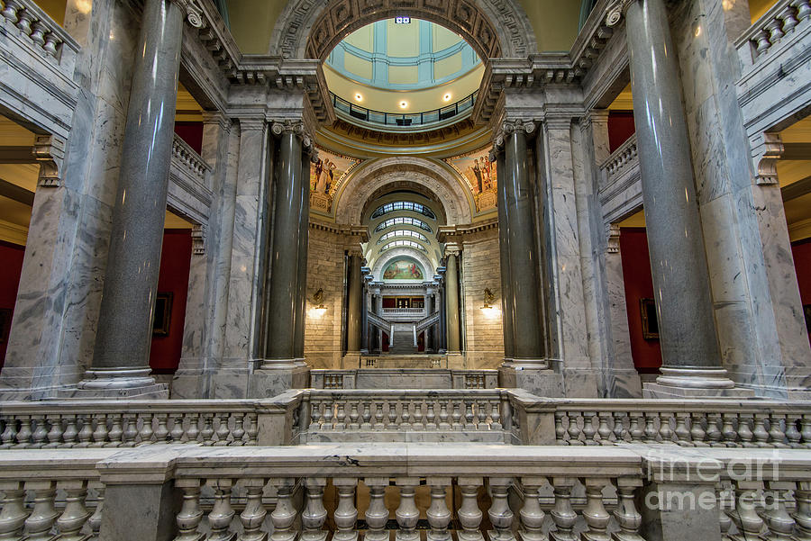 Kentucky Capitol Interior 4 - Frankfort by Gary Whitton