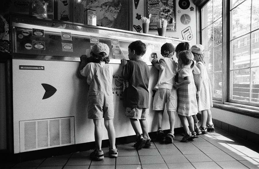 Kids At Ice Cream Counter Photograph by Michelle Quance