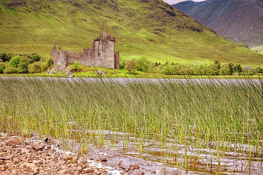 Kilchurn Castle on Loch Awe - Scotland - Argyll and Bute by Jason Politte