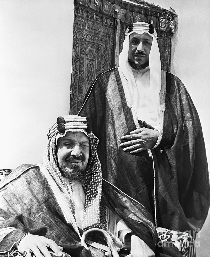 King Ibn Saud And Son Saud Aziz Photograph by Bettmann