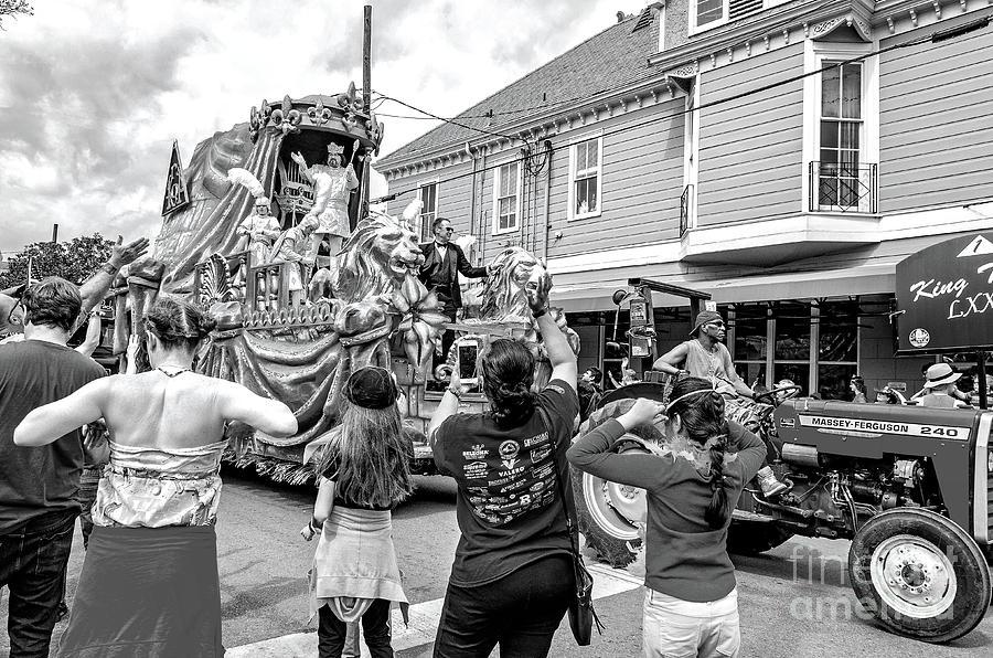 King Thoth Mardi Gras Nola - Bw Photograph