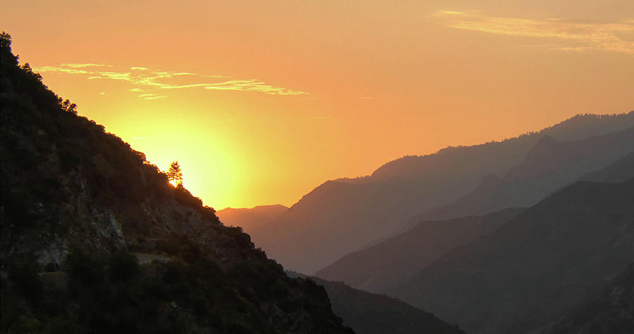 Kings Canyon Sunset by Geraldine Alexander