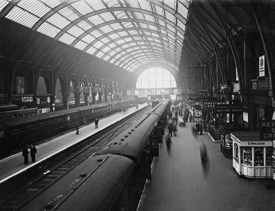 Kings Cross Station Photograph by Macgregor