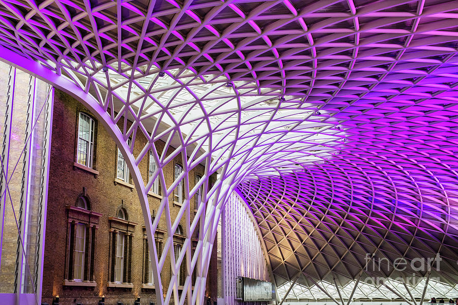 Kings Cross Station by Tim Gainey
