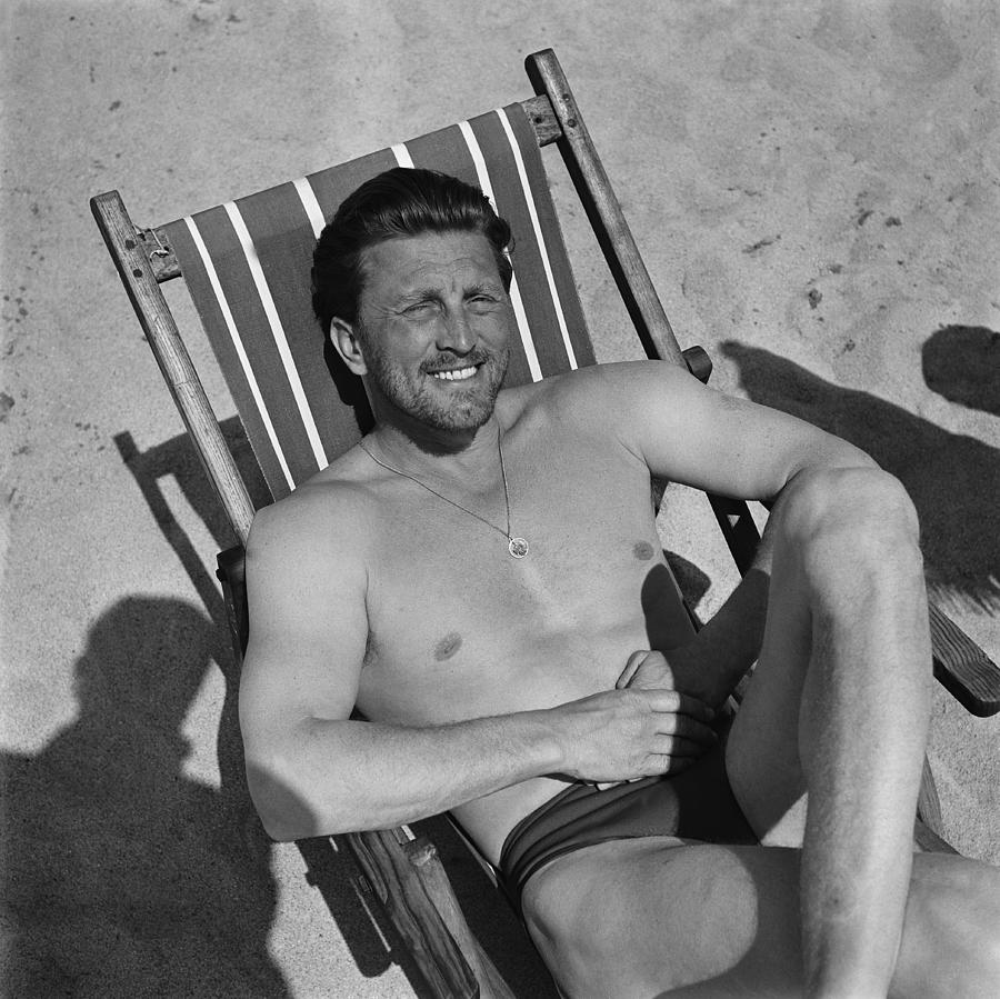 Kirk Douglas In 1950s Photograph by Reporters Associes