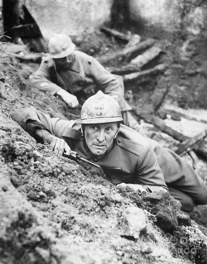 Kirk Douglas In Paths Of Glory Photograph by Bettmann