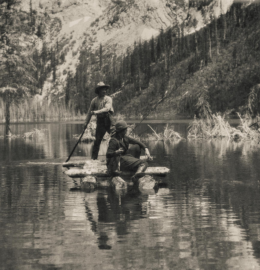 Kootenay River Fishing Photograph by Hulton Archive