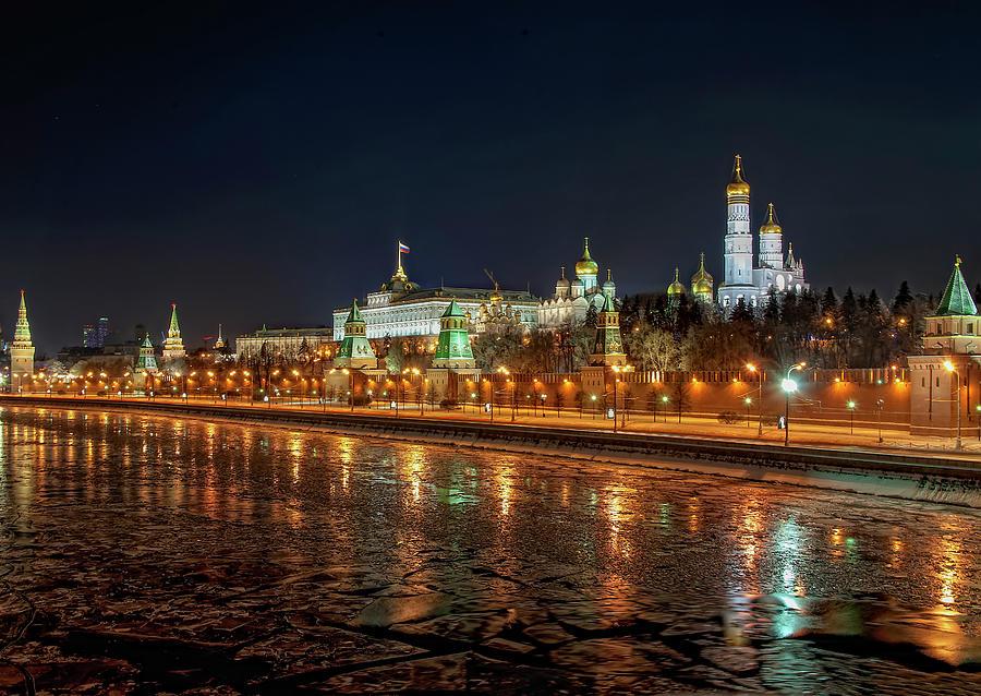 Kremlin by Gouzel -