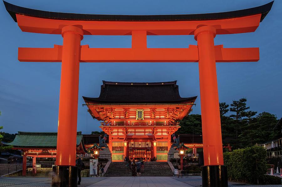Kyoto Torii Gate by Ian Robert Knight
