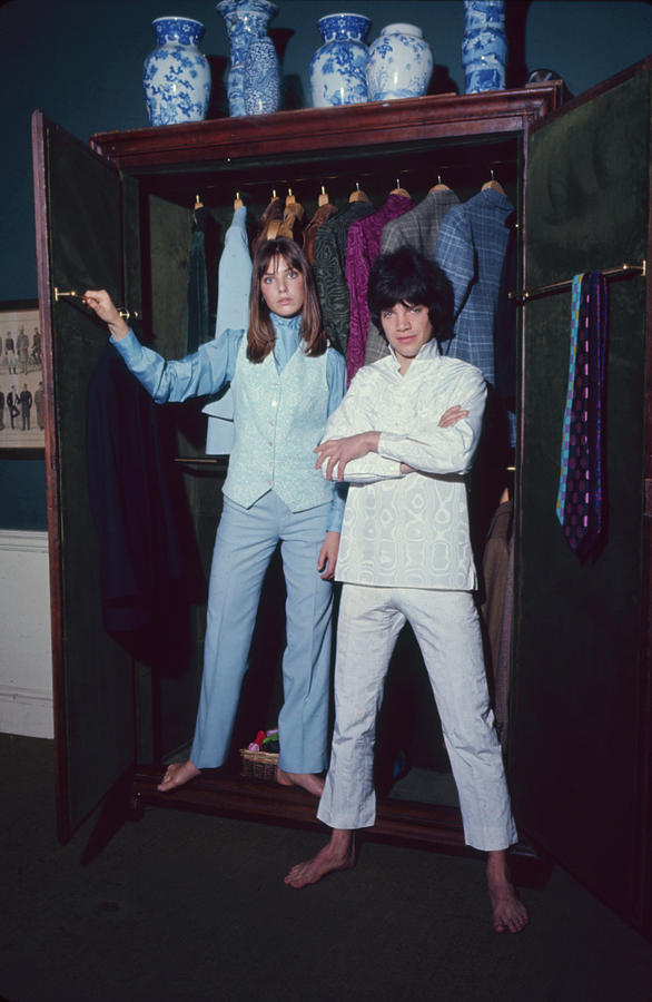 L-r Actress Jane Birkin And Pop-singer Photograph by Bill Ray