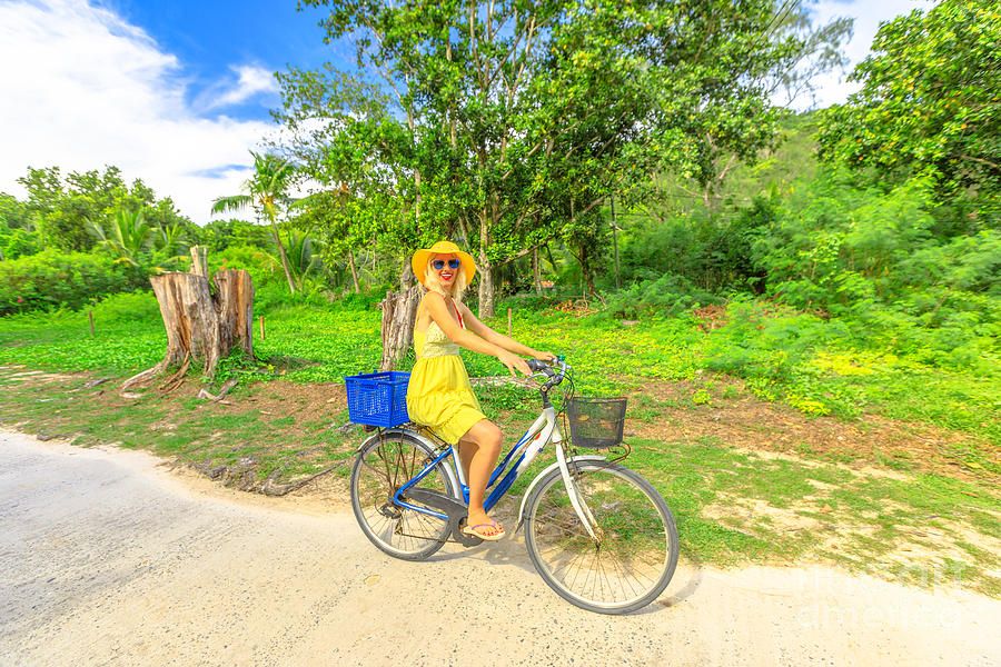 La Digue Bike by Benny Marty