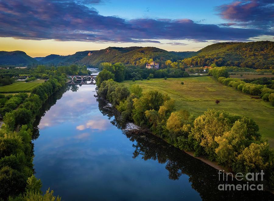 Beynac Photograph - La Dordogne by Inge Johnsson