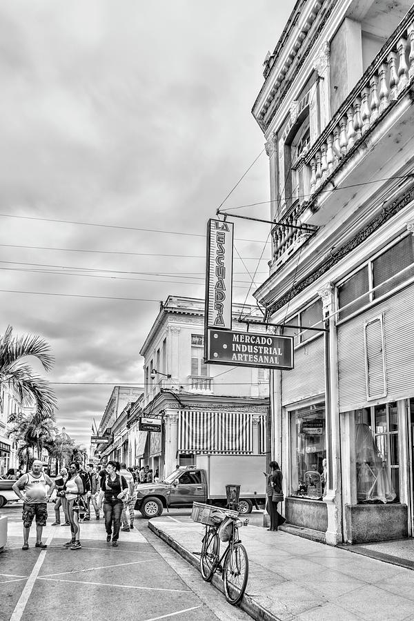 La Escuadra black and white by Sharon Popek
